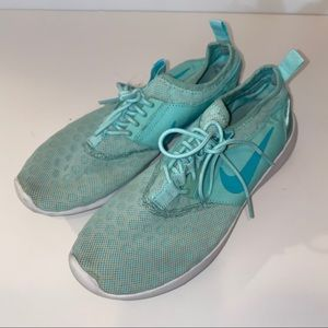 Nike Light Blue Juvenate Sneakers Women's Sz 8.5
